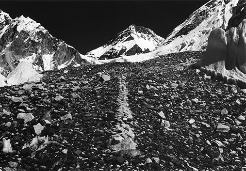 17 11 03 A Line In The Himalayas 1975 Richard Long507