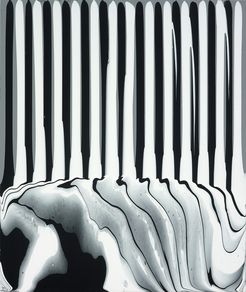 Puddle Painting Greyblackwhite 2009</em>Ian Davenport All Rights Reserved Dacsartimage 2018